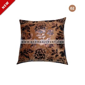 Decorative Throw Pillow 02