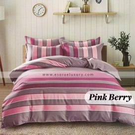 Pink Berry Duvet Cover and Quilt Comforter