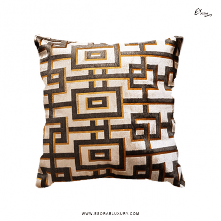 Maze BB Throw Pillow