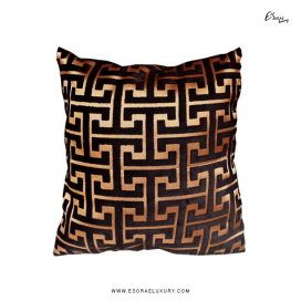 Maze Gold (L) Throw Pillow